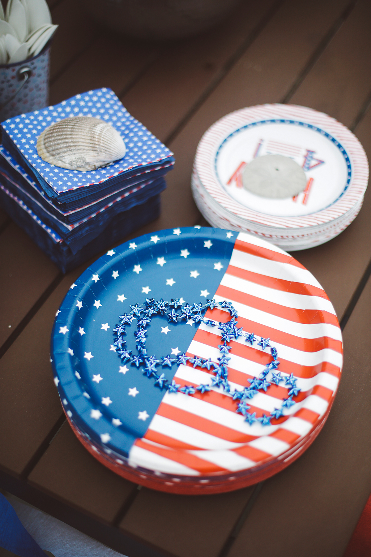 Fourth of July decorations plates and napkins