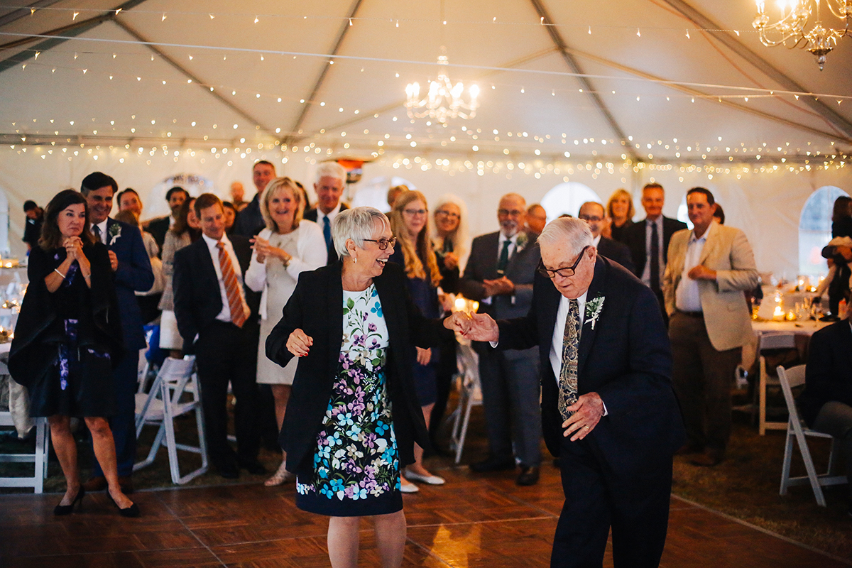 Grandparents in anniversary dance
